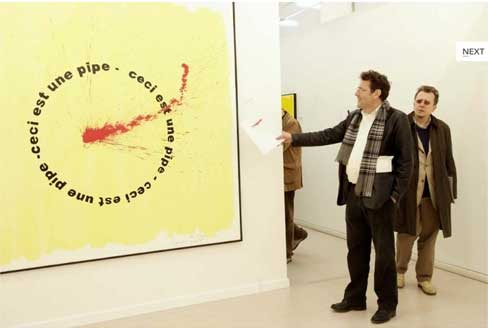 Hans Clavin e Jean-François Bory davanti a un'opera di Ugo Carrega
